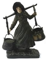 Скульптурная композиция Крестьянка. Бронза, патинирование,
