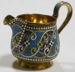 Сливочник в русском стиле украшенный эмалью. Серебро, литьё,