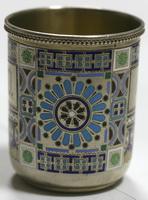 Стопка с эмалевым орнаментом в русском стиле. Серебро 88 про