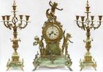 Каминный гарнитур в стиле неорококо: часы с амурами и пара к