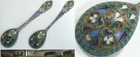 Пара ложек, украшенных эмалями. Серебро, литье, золочение, п