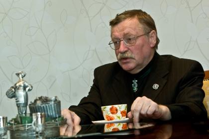 консультант Русского отдела аукционного дома Christie's и эксперт Министерства культуры России Валентин Скурлов